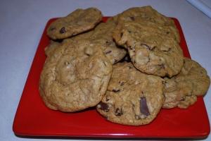 Chewy Pumpkin Cookies - HowSweet
