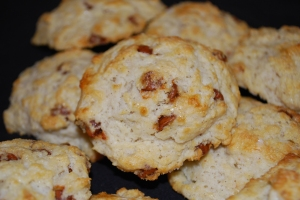 Cinnamon Biscones