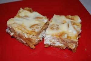 Golden Oreo Cheesecake Bars