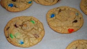 Giant M&M Cookies2 (MBA)