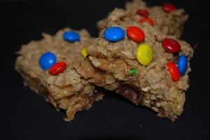 Flourless Peanut Butter Chocolate Chip Oatmeal Bars